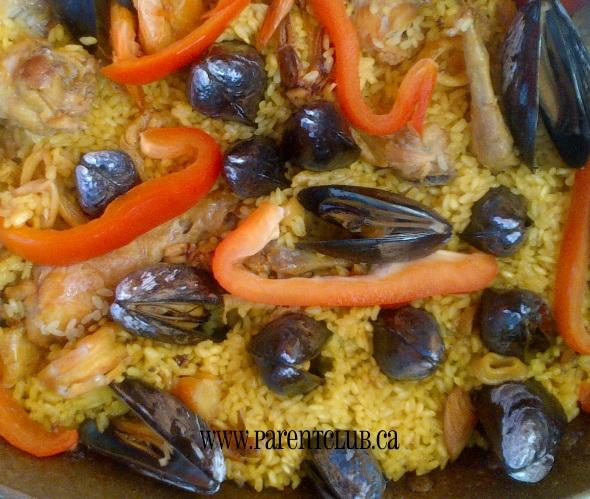 how to make seafood paella valencia