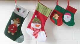 easy-stocking-stuffer-ideas-christmas-decorations